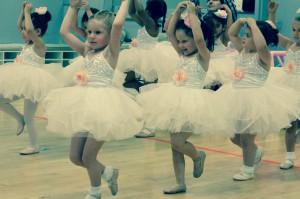 Minis Ballet Tap